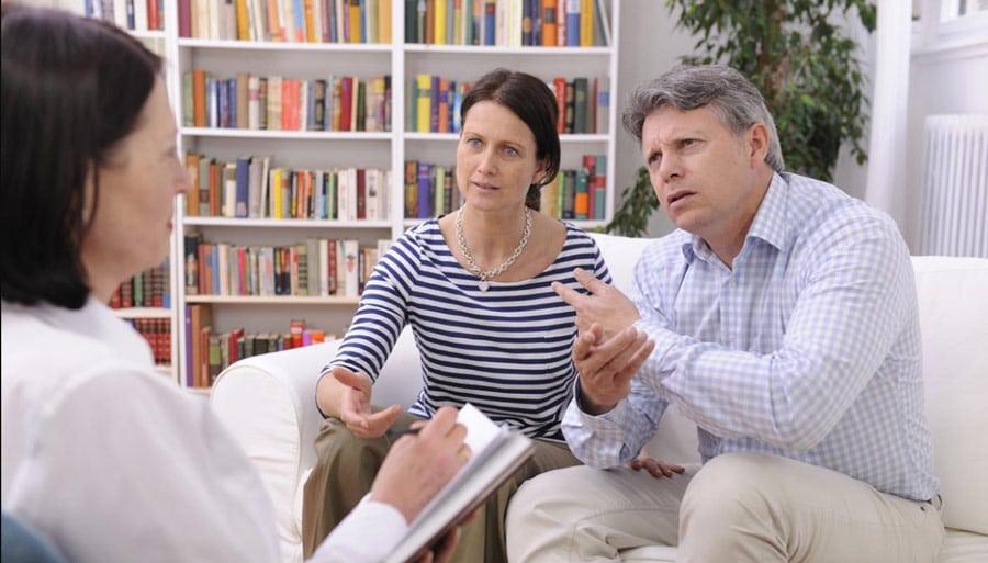 Por que o psicólogo não atende mais de uma pessoa da mesma família