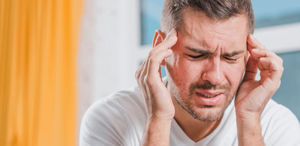 Dor de cabeça sinal de descontrole emocional