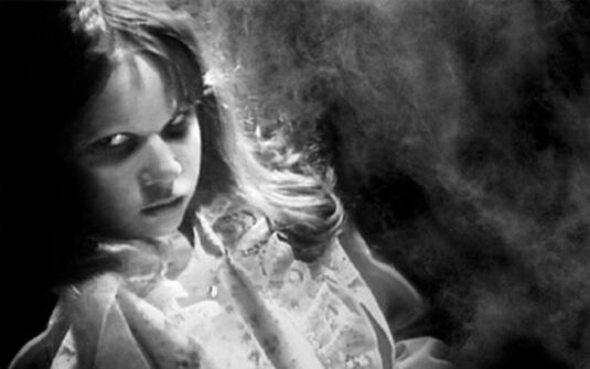 Pais devem observar de perto as crianças com comportamento problemático e consistentemente agressivo.