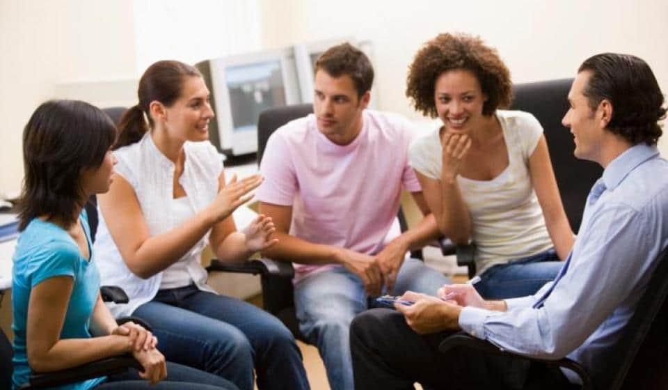 Quais os benefícios do tratamento da Ansiedade Social (Fobia Social) em grupo?