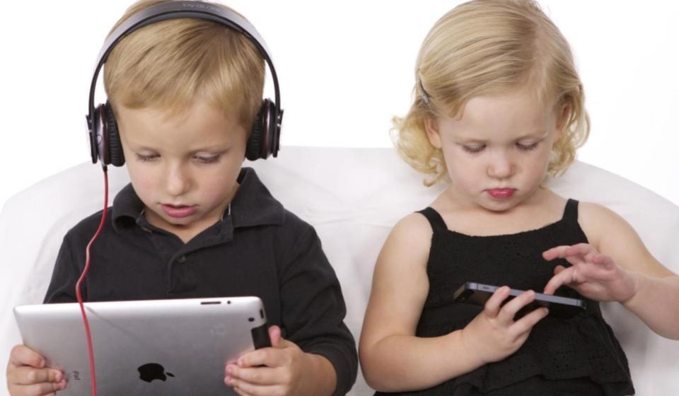 Tecnologia e Infância: Os prejuízos da tecnologia no desenvolvimento infantil