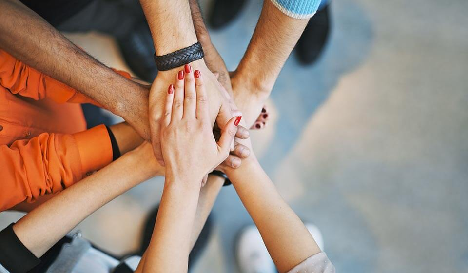 Empreendedorismo Social – Visão Além do Lucro - tiago curcio