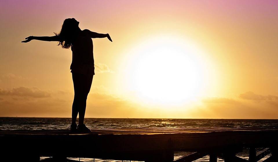 Como Deixar de Ser Carente e Recuperar sua Autoestima - tiago curcio