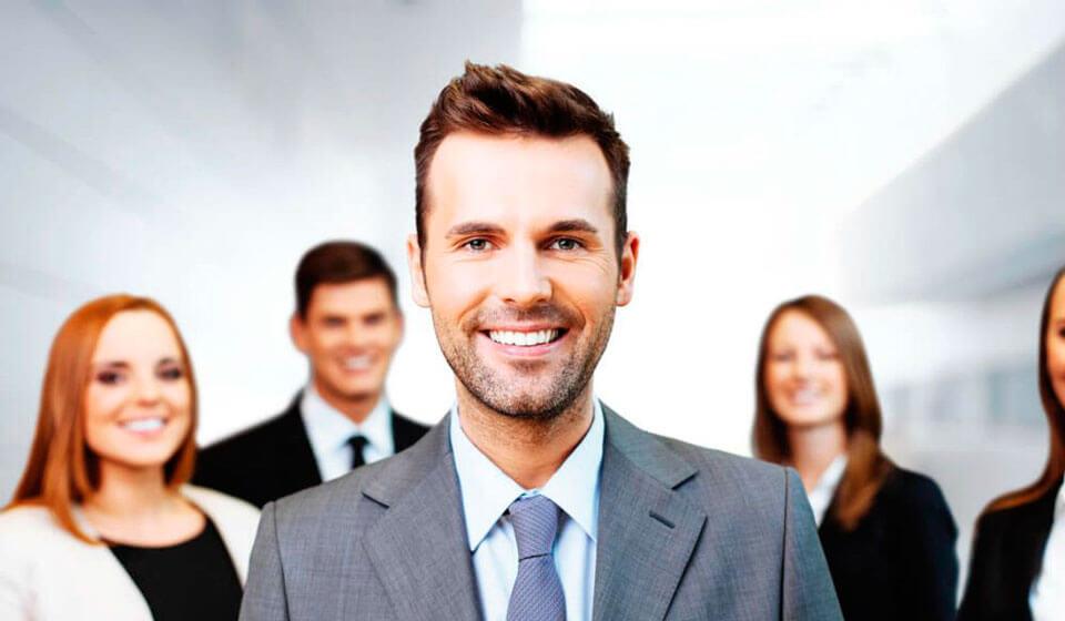 Qual-Deve-Ser-a-Postura-de-um-Líder-Atual--coaching-casule