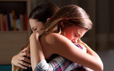 Como você pode auxiliar uma pessoa que esteja sofrendo?