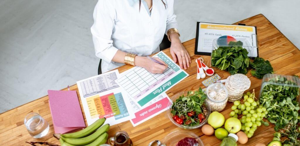 Quando devo procurar atendimento com o Nutricionista blog casule